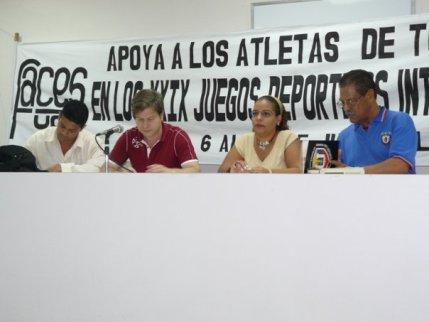 Víctor Abreu, Carmelo González